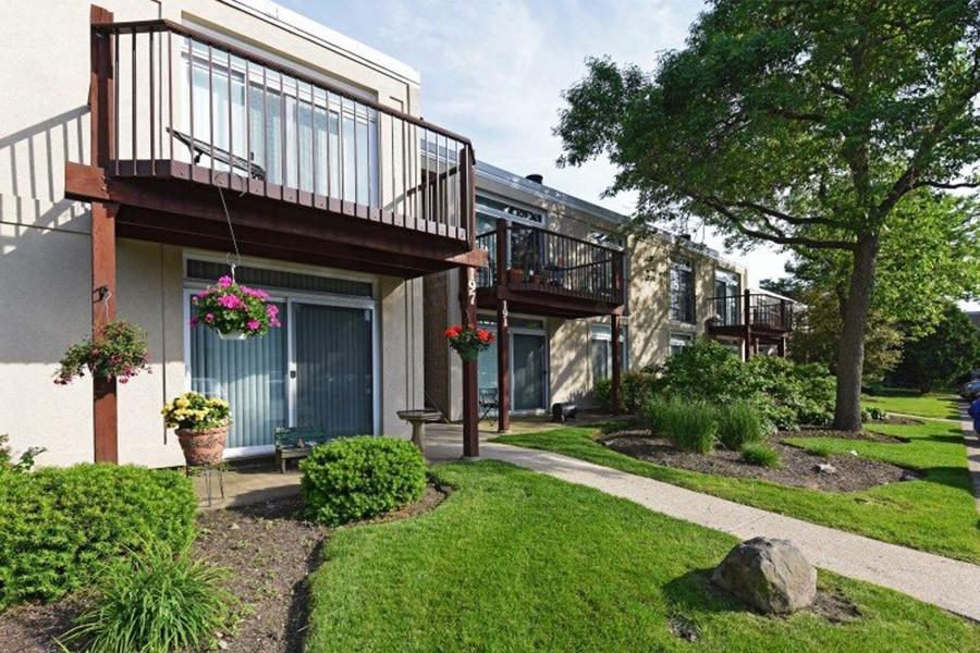 Foxboro Apartments